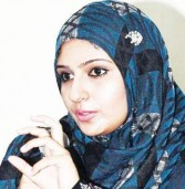 Indian Actress Converts to Islam